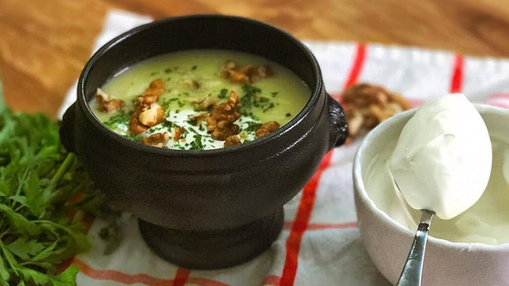 寒冷的冬天来临,动手做一碗土豆韭葱浓汤吧(¯﹃¯)