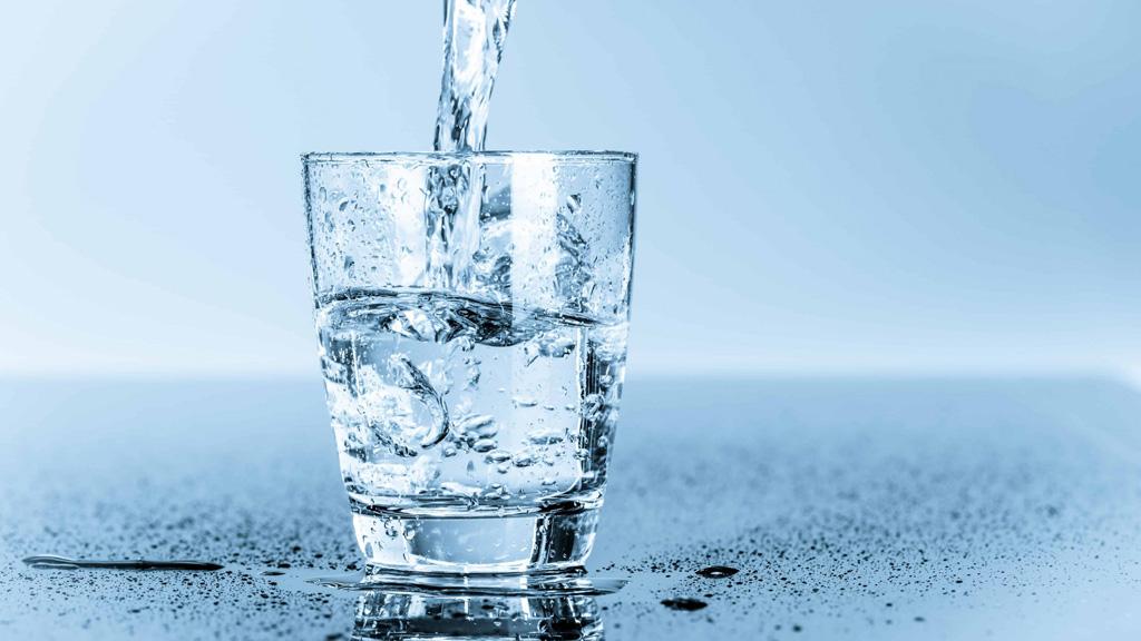 告别快乐肥宅水,多喝水有益身体健康